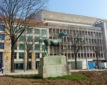 cheval-republique-3-mars-2014-003.jpg
