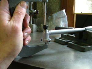 Voici en quelques photos les étapes de controle d'un cylindre et son piston. Vous retrouverez les explications dans l'article correspondant à la mesure du cylindre et controle du jeu piston cylindre