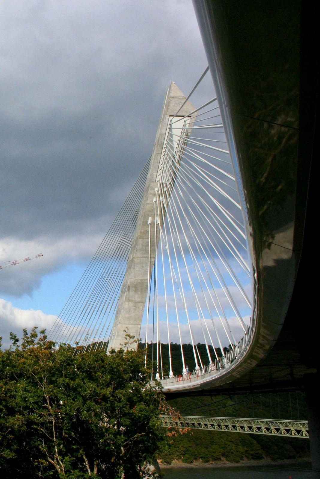 021 G.Marchalot Pont de Térenez 26 09 10