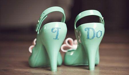 chaussure-mariee-sticker.jpg