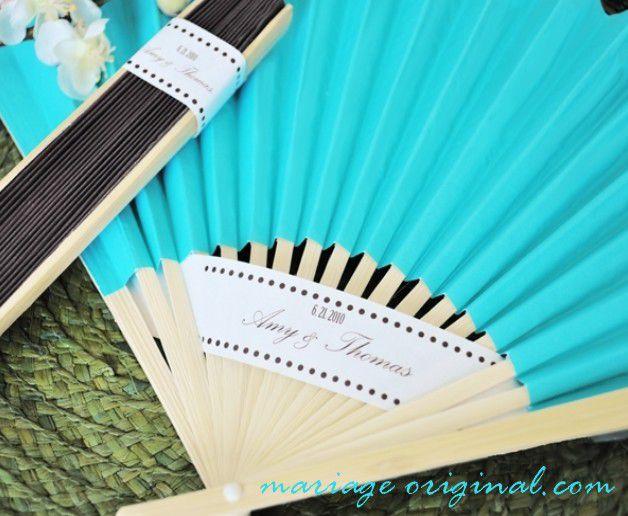 eventail-papier-bleu-turquoise.jpg