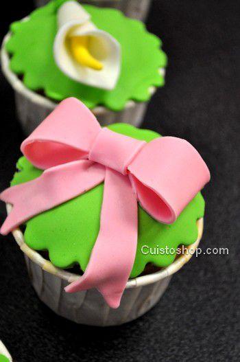 noeud-pate-a-sucre-cupcakes.jpg