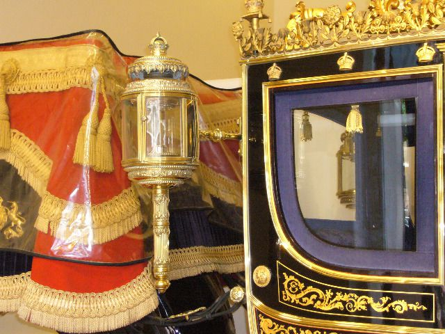 "Photos de Julie Wasselin parrues dans l'article Visite au ""Royal mews"""