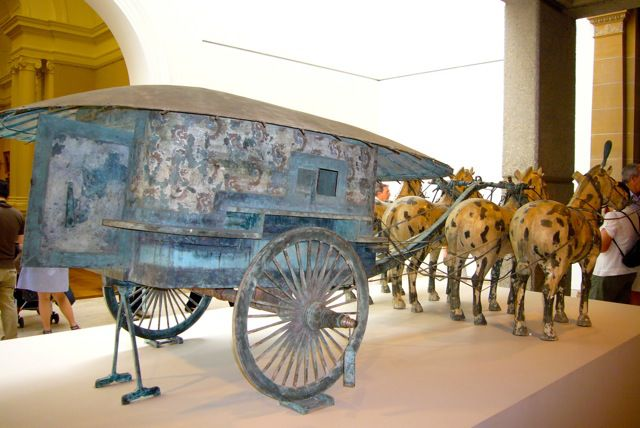 "Images en lien avec l'article ""Char du premier empereur qin shihuang"""