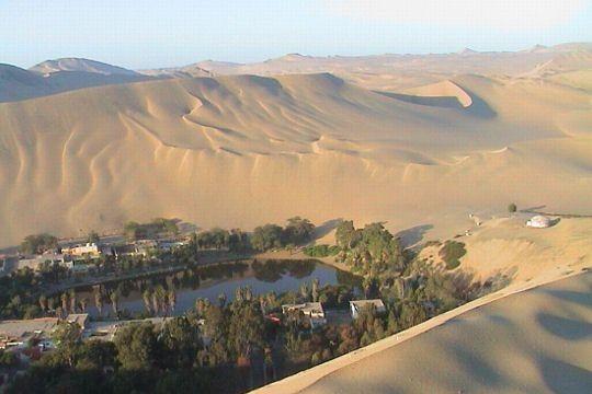 oasis-plein-desert-471200.jpg