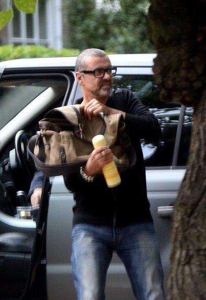 George+Michael+George+Michael+Arrives+Home+4kResPvCon3l