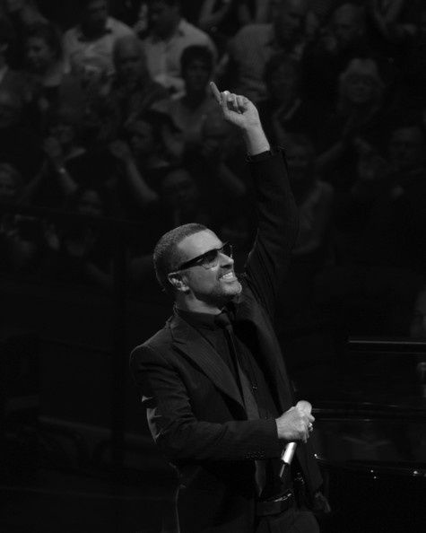 George-Michael-Launches-Single-Let-Down-Easy-oCTzmB7O0wil.jpg