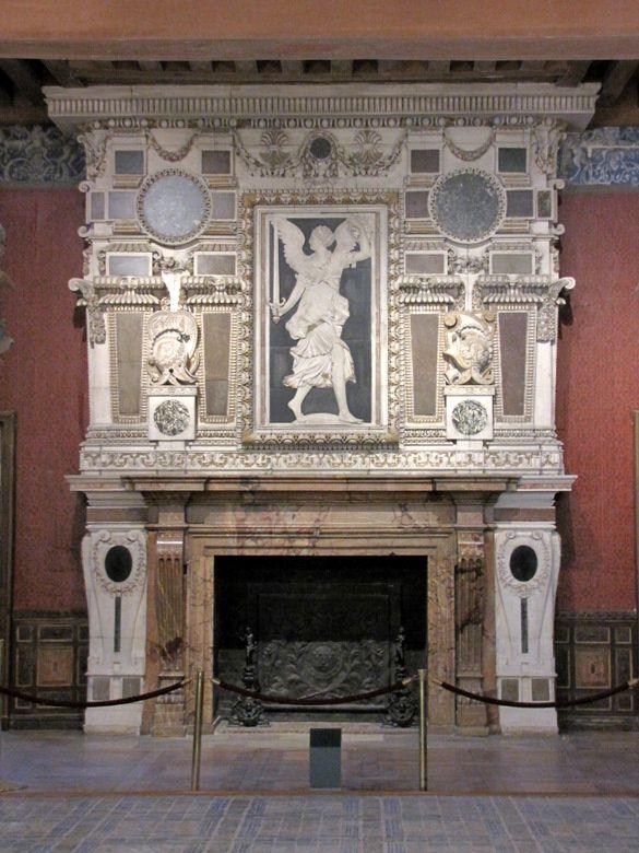 Chateau-Ecouen-2-1753.JPG