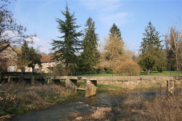 Gué du Moulin de la Roue à Petit Moisenay