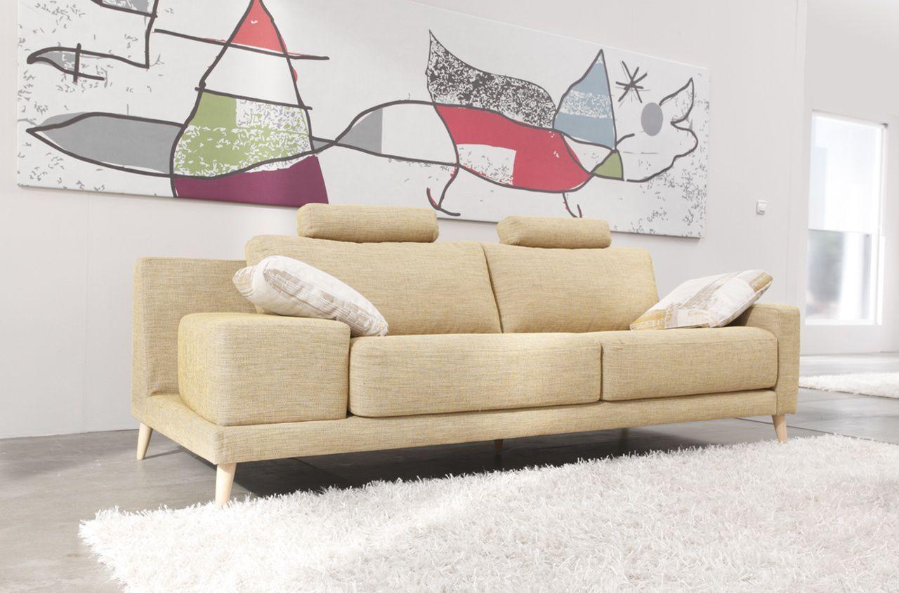 canapés, fauteuils, salons d'angle... une grande collection de FAMA design