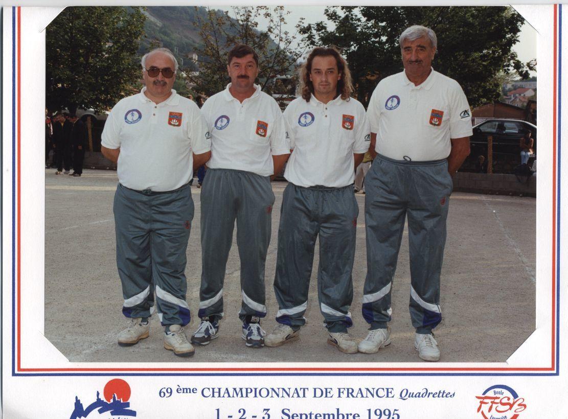 Participations en tant que joueur aux championnats doublettes et quadrettes F.F.S.B.