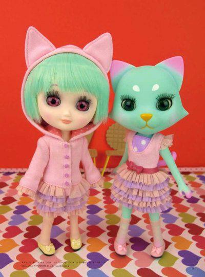 Deko-Niki Doll
