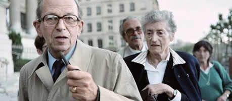 Raymond Aubrac accompagné de son épouse Lucie Aubrac.jpg