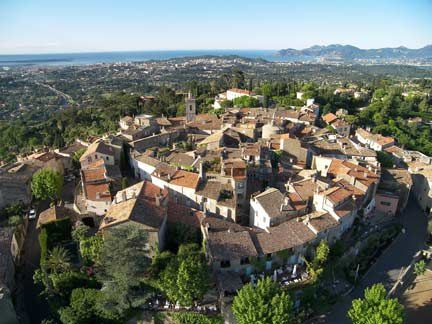 mougins-village.jpg