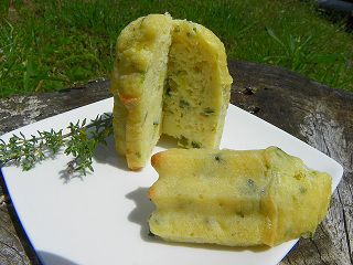 CAKES-AUX-COURGETTES-b.jpg