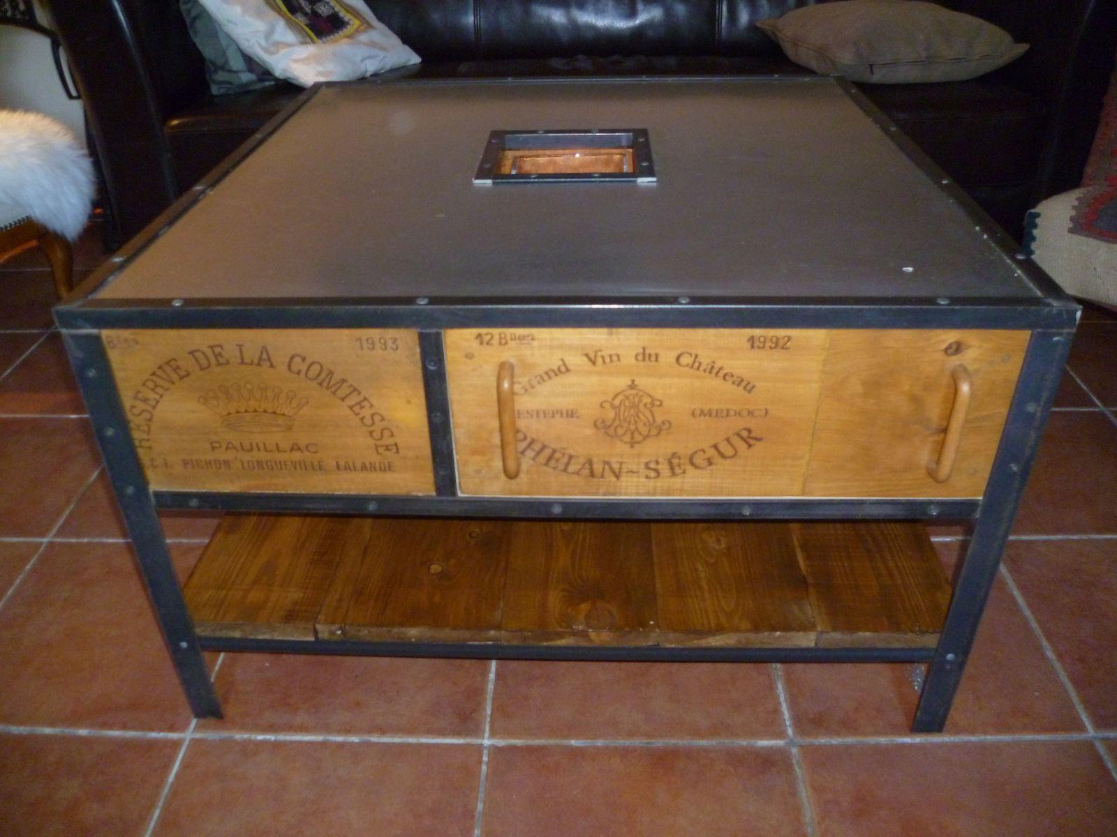 Table Basse Avec Caisse A Vin table à portes et tiroirs - atelier-industriel