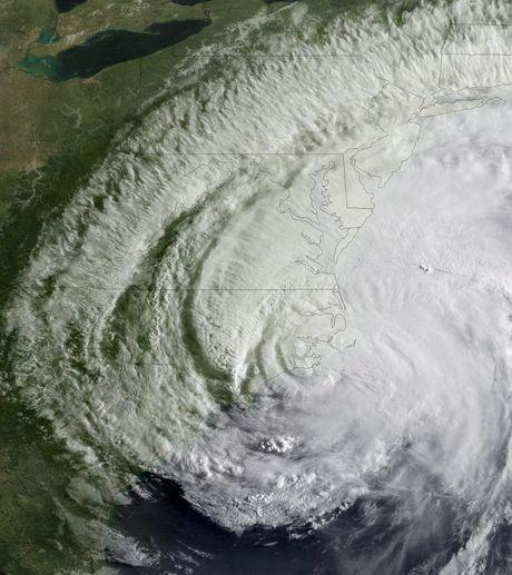 l-ouragan-irene-a-durement-frappe-la-cote-est-des-etats-uni.jpg