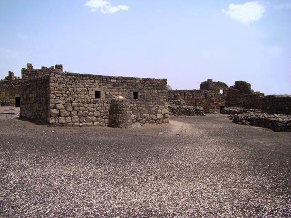 photo du-QASR-EL-AZRAQ-retouché.jpg