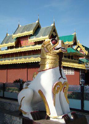 Mae Hong Son - Wat Chong Klang matin