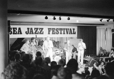 1 The Dutch Swing College Band performing at the North Sea Jazz Festiv
